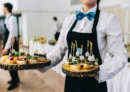 CHOOSE A CATERER